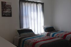 PrettyPlace. Bloubergstrand area. Cute and quiet! - Houses for Rent in Cape Town, Western Cape, South Africa