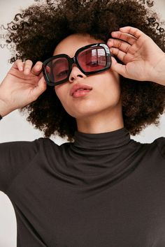 Palisades Square Sunglasses - Urban Outfitters