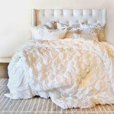 Ruffled White Bedding Set