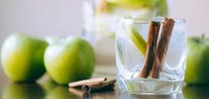 Delicious Detox Recipes to Cleanse Your Body and Burn Fat - PinHealth Cinnamon Water, Apple Cinnamon, Digestive Detox, Body Detoxification, Lemon Diet, Cleanse Your Body, Healthy Diet Plans, Weight Loss Smoothies, Detox Recipes