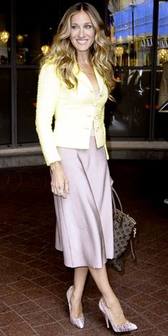 Sarah Jessica Parker in Chanel, Brian Atwood and Louis Vuitton.