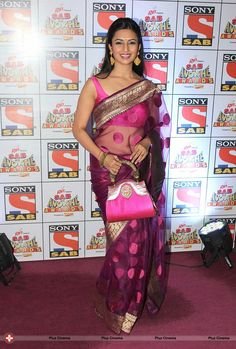 Divyanka Tripathi in transparent Saree with sleeveless Blouse