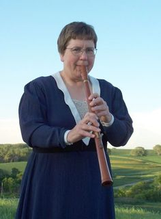 Tenor Rauschpfeife. The rauschpfeife is a loud reed-cap instrument with a double reed (like the krumhorn, hirtenschalmei, and cornamuse).