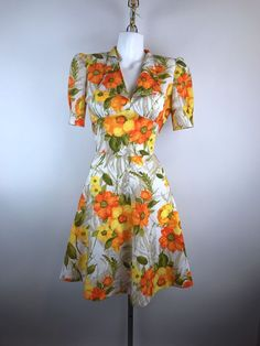 Vtg Floral Polyester Dress 60s Daisies Orange Yellow Green Point Collar V Neck #NoTags #Sundress #Casual