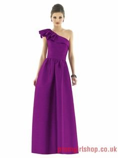 Purple www.promgirlshop.co.uk offer prom dresses,cheap formal dresses,cocktail dresses,party dresses,Evening Dresses,Christmas Party dresses 2012 at www.promgirlshop.co.uk