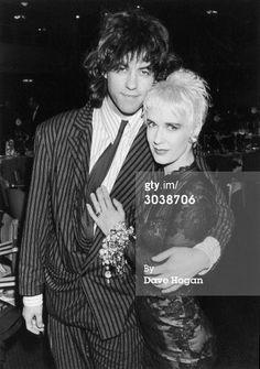 News Photo : Bob Geldof and his wife Paula Yates attend the...2/1987