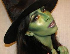 Fotos de maquillaje de bruja sexy para Carnaval 2016 bruja base verde
