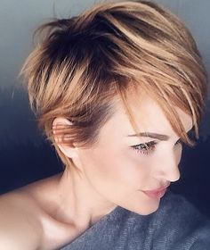 short edgy pixie cuts and hairstyles; Trendy hairstyles and colors… - Hair Styles - 25 short edgy pixie cuts and hairstyles; Trendy hairstyles and colors - Brown Pixie Cut, Edgy Pixie Cuts, Long Pixie Cuts, Short Pixie Haircuts, Short Hairstyles For Women, Short Hair Cuts, Bob Hairstyles, Short Hair Pixie Edgy, Red Pixie Haircut