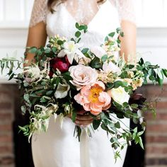 We love making this bouquet thanks @ashleylargesse for the great shot.