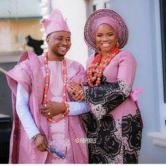 Yoruba Traditional Wedding Attire Styles [Updated May African Wedding Attire, African Attire, African Wear, African Dress, Nigerian Traditional Wedding, Traditional Wedding Attire, Traditional Outfits, Traditional Weddings, African Queen