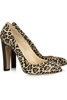 Love these suede leopard pumps!