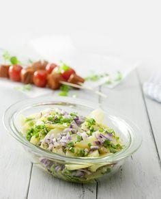 Voilà - tässä sinulle herkullisen ranskalaisen perunasalaatin resepti: http://www.dansukker.fi/fi/reseptej%C3%A4/vappu/ranskalainen_perunasalaatti.aspx