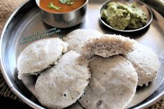 Another successful experiment using lobia (chawalie/black eyed bean/ black eye pea/goat pea). Not using any baking soda or fruit salt.  You may have seen my previous post dahi lobia pakoda which was big hit in my family. I haven't see chawali idli recipe (maybe there is). These Idlis came out spongy with lots of bubbles. They were moist. Tomato Rasam, Idli Recipe, Tomato Chutney, Coconut Chutney, Latest Recipe, Vegetarian Cooking, Black Eyed Peas, Experiment, Baking Soda