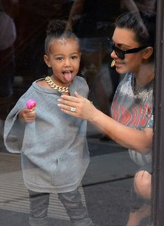 "celebritiesofcolor: "" Kim Kardashian and North West out in NYC "" Kim And Kanye, Kim Kardashian And Kanye, Kardashian Family, Kardashian Style, Kardashian Jenner, Streetwear Mode, Streetwear Fashion, Streetwear Clothing, Kim And North"