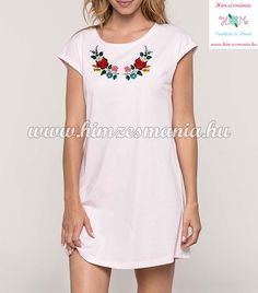 df05db98fc Kalocsai mintás, bőszabású, laza, sportos rózsaszín és fehér pólóruha/tunika