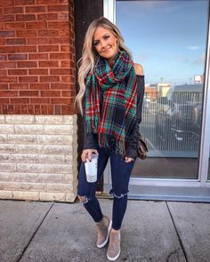 The very best winter attire and boulevard style rocked by our preferred styles forward public figures. Oufits Casual, Casual Outfits, Cute Outfits, Winter Outfits Women, Fall Outfits, Look Fashion, Fashion Outfits, Fashion Trends, Cold Weather Outfits