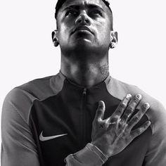 Neymar Jr always loyal to god Neymar Jr, Soccer Players, Football Soccer, Sports Gif, Soccer Boots, Lionel Messi, Fc Barcelona, Just Do It, Star Wars