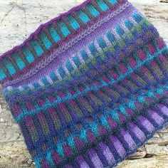 Ravelry: Project Gallery for Inspira Cowl pattern by graphica – Outlander Knitting Patterns Outlander Knitting Patterns, Fair Isle Knitting Patterns, Chunky Knitting Patterns, Loom Knitting, Free Knitting, Knitting Machine, Cowl Patterns, Finger Knitting, Vintage Knitting