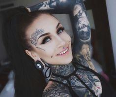 . Monami Frost, Girl Tattoos, Tattoos For Women, Tattooed Women, Tattoed Girls, Body Modifications, Alternative Girls, Skin Art, Piercing