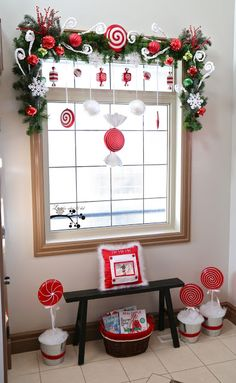 Lookie What I Did: Our Christmas Foyer