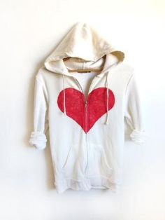 Heart Hoodie, I am only pinning this to show my friend Kourt. this looks like a hoodie she would like. Hope you see this Kourt, you look so cute in hearts, cause your sweet! Un Break My Heart, Passion For Fashion, Love Fashion, Beautiful Outfits, Cool Outfits, Brave, Leila, My Heart Is Breaking, Hoodies