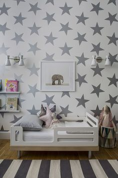 Interiors Monday - A Toddler Room + Weekend Update + My Houzz Tour! - (MInas Decor & Fashion: Bohemian Vintage) Interiors Monday - A Toddler Room + Weekend Update + My Houzz Tour! Girl Room, Girls Bedroom, Child's Room, Bedroom Ideas, Bedroom Wall, Star Bedroom, Bedroom Decor, Star Nursery, Large Bedroom