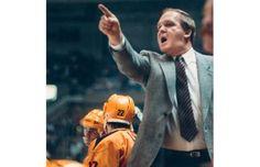 Photos: Vancouver Canucks NHL coaches through the years … did you know? Vancouver Canucks, Coach Of The Year, Star Wars, Philadelphia Flyers, Nhl, Did You Know, Hockey, Burns, Coaching