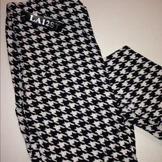 Black & White Leggings Black & White houndstooth leggings. Super soft & comfy. One size fits all. Polyester & spandex mix.  trades❤️bundle discount LA12ST Pants Leggings