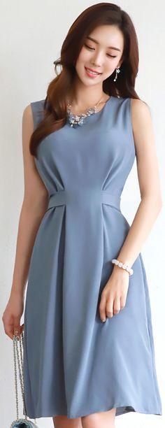 StyleOnme_Back Slit Ribbon Tie Sleeveless Dress #blue #sleeveless #dress #summertrend #koreanfashion #kstyle #kfashion #elegant #feminine #seoul