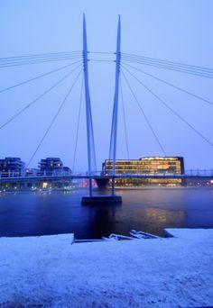 Cultural Centre, Drammen (Norway) by LPO Arkitekter AS, Technique: VMZ Standing seam-VMZ Joint debout, Aspect: ANTHRA-ZINC®   #VMZINC #Architecture #AnthraZinc #Norway #Façade #CulturalBuilding #CulturalCentre