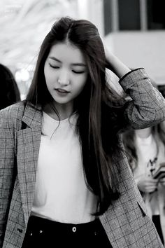Sowon as Dania Kpop Girl Groups, Korean Girl Groups, Kpop Girls, Girl Day, My Girl, Seoul, Things To Do With Boys, Gfriend Sowon, G Friend