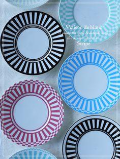 「 スキルアップレッスンに関しまして 」の画像 京都・ポーセラーツ教室 maison de blanc(メゾン・ド・ブラン) Ameba (アメーバ) Bowl Designs, Blue Roses, Doll Repaint, Fine Porcelain, Decoration, Dinnerware, Plates, Tableware, Pattern
