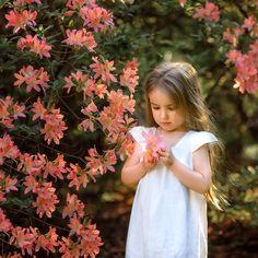 Coral Garden, Girls Dresses, Flower Girl Dresses, Wedding Dresses, Children, Fashion, Flowers, Beautiful Images, Dresses Of Girls