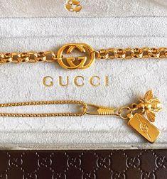 Gucci & Gold geteilt von ♡ 🅻🅳🅴🅴_ORCHARD︎ auf We Heart - Damen Schmuck und Accessoires Gucci Bracelet, Gucci Jewelry, Luxury Jewelry, Fashion Jewelry, Bracelets, Gucci Necklace Gold, Necklaces, Cute Jewelry, Vintage Jewelry