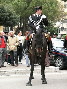 Omaggio all'Arma dei Carabinieri