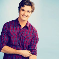 Matty McKibben (Beau Mirchoff). I should just make him his very on pin board.