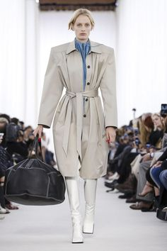 Balenciaga Ready To Wear Spring Summer 2017 Paris