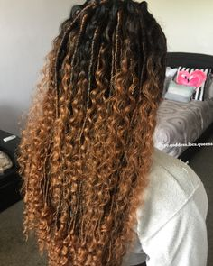 Brown Ombré 🧜🏾‍♀️Mermaid 🧜🏾‍♀️Goddess locs by: nyc. Faux Locs Hairstyles, Try On Hairstyles, Short Bob Hairstyles, Protective Hairstyles, Birthday Hairstyles, Curly Hair Styles, Natural Hair Styles, Locs Styles, Breaking Hair