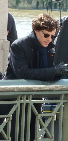 Season 4 #setlock -- oh good, he remembered how to shave...