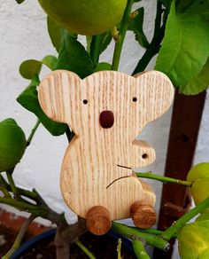 Koala fresno, ruedas de roble Rustic Bench, Wooden Animals, Kangaroos, Oak Tree, Wheels