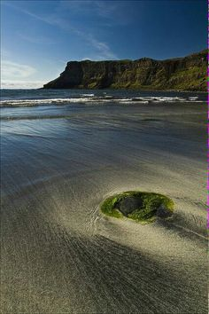 Talisker Bay : Isle Of Skye