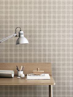 Wallpaper Ester