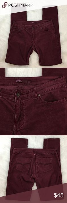 """PrAna Maroon Corduroy Skinny Pants This is a pair of PrAna corduroy skinny pants in excellent condition! No wear at all. 5 pocket style. Leg tapers about 1 1/2"""" from knee to ankle. Measurements upon request! Make an offer or add to a bundle to save even more! Prana Pants Skinny"""