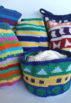 joins showing crochet bags tutorial by Shelley Husband