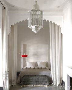 all white and grey moroccan style, gorgeous!