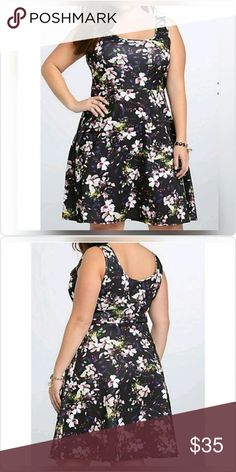 """floral scuba skater dress EUC! Only worn once!  Flattering on all body types. Not too heavy, breathable, and holds shape perfectly.  Torrid size 3/3x (22W-24W).  Length from shoulder to hem is about 41.5"""". torrid Dresses"""