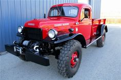Tom Selleck's 1953 Dodge Power Wagon trucking to the auction block | Fox News
