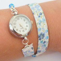 bracelet montre liberty perles, double  tour, fleurs bleues