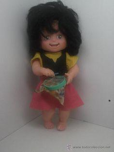 Bonita muñeca HEIDI de ESVI a cuerda años 70