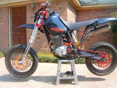 Trick Supermotard Picture Thread - Page 5 - Custom Fighters - Custom Streetfighter Motorcycle Forum